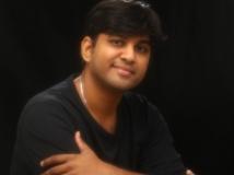 https://tamil.filmibeat.com/img/2018/09/kabilan-vairamuthu-6069-1538319655.jpg