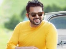 https://tamil.filmibeat.com/img/2018/10/dev22-1540536552.jpg