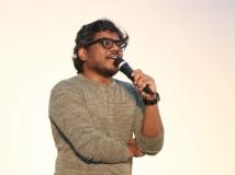 http://tamil.filmibeat.com/img/2018/10/yuvan012-1539157186.jpg