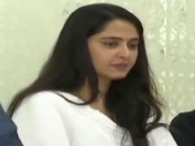 http://tamil.filmibeat.com/img/2019/02/anushka-shetty1-1550909881.jpg
