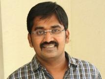 http://tamil.filmibeat.com/img/2019/02/karunakaranactor-1549881167.jpg
