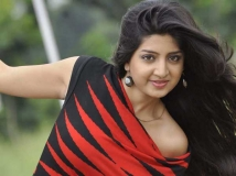 http://tamil.filmibeat.com/img/2019/04/1-1555494433.jpg