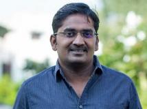 http://tamil.filmibeat.com/img/2019/04/karunakaran-comeidan-5-1538987381-1555670145.jpg
