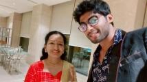 https://tamil.filmibeat.com/img/2019/10/tharsan5-1571045320.jpg