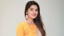 http://tamil.filmibeat.com/img/2019/11/vani-bhojan-1574319785.jpg