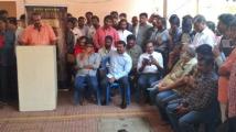http://tamil.filmibeat.com/img/2020/02/seeman6486-1581594572.jpg