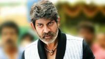 https://tamil.filmibeat.com/img/2020/04/jagapati1-1510-1586242153.jpg