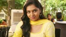 https://tamil.filmibeat.com/img/2020/04/lakshmi-menon03-1586347931.jpg