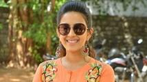 https://tamil.filmibeat.com/img/2020/04/niharika-nagababu-3-1587551649-1587781696.jpg