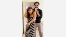http://tamil.filmibeat.com/img/2020/04/pooja-1585941428.jpg
