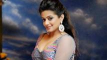 http://tamil.filmibeat.com/img/2020/04/priyamani1-1587869092.jpg