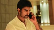 https://tamil.filmibeat.com/img/2020/05/atharva32-157-1588423887.jpg