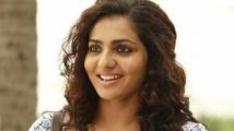 https://tamil.filmibeat.com/img/2020/05/parvathy-3-1590811106.jpg