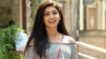 https://tamil.filmibeat.com/img/2020/05/pranitha02-1584601271-1590035840.jpg