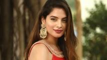 https://tamil.filmibeat.com/img/2020/05/tanya-hope-155-1588565412.jpg
