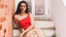http://tamil.filmibeat.com/img/2020/07/actress-aishwarya-arjun-1-1595254139.jpg