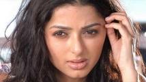 https://tamil.filmibeat.com/img/2020/07/bhumika56-1593868622.jpg