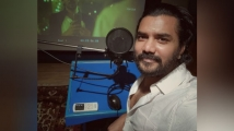 http://tamil.filmibeat.com/img/2020/07/kavin5677-1596087100.jpg