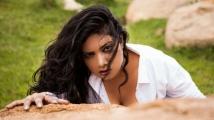 http://tamil.filmibeat.com/img/2020/07/kavita-radheshyam-1591381097-1596188296.jpg