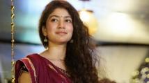 https://tamil.filmibeat.com/img/2020/07/sai-pallavi-15-1594733309.jpg