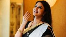 https://tamil.filmibeat.com/img/2020/07/suganya5-1594195301.jpg