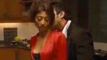 https://tamil.filmibeat.com/img/2020/08/kaali1-1597428780.jpg