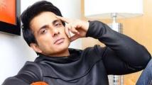 http://tamil.filmibeat.com/img/2020/08/sonu-sood44-1596877661-1598690543.jpg
