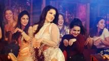 http://tamil.filmibeat.com/img/2020/08/sunny-leone61-1598499716.jpg