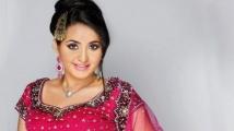 https://tamil.filmibeat.com/img/2020/09/bhama10-1600602398.jpg