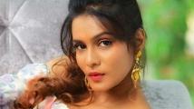 http://tamil.filmibeat.com/img/2020/09/meera-mithun33-1591441109-1599909249.jpg