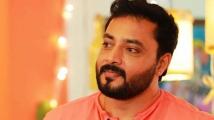 https://tamil.filmibeat.com/img/2020/09/sabarinath6-1600403992.jpg
