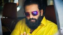 http://tamil.filmibeat.com/img/2020/09/santhanam-1599024642.jpg