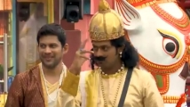 https://tamil.filmibeat.com/img/2020/10/321-1603189784.jpg