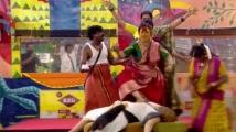https://tamil.filmibeat.com/img/2020/10/archana-bigg-boss-1603735688.jpg