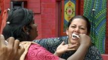 https://tamil.filmibeat.com/img/2020/10/archanabrushing-1604003263.jpg