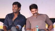 http://tamil.filmibeat.com/img/2020/10/arya77-1602484403.jpg