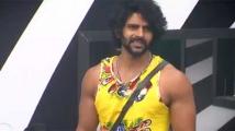 https://tamil.filmibeat.com/img/2020/10/balaji0923-1603451833.jpg