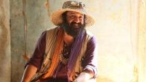 http://tamil.filmibeat.com/img/2020/10/cyanide-1-1601604276.jpg