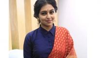 https://tamil.filmibeat.com/img/2020/10/lakshmi-menon3-1600913453-1602790596.jpg