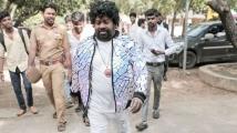 https://tamil.filmibeat.com/img/2020/10/senthilsstylish-1603176604.jpg