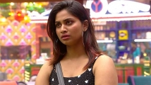 https://tamil.filmibeat.com/img/2020/10/shivani-53-1603508910.jpg