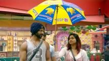 https://tamil.filmibeat.com/img/2020/10/shivani5-1603957715.jpg