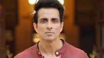 http://tamil.filmibeat.com/img/2020/10/sonusood2234-1603076790.jpg