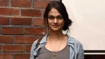 https://tamil.filmibeat.com/img/2020/10/suchitra-singer-pho-1577771855-1603810693.jpg
