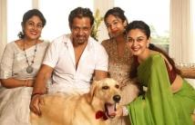 http://tamil.filmibeat.com/img/2020/11/aishwara-arjunfamily-1605531049.jpg