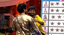 https://tamil.filmibeat.com/img/2020/11/balario-1606681111.jpg