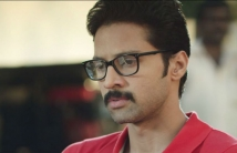 http://tamil.filmibeat.com/img/2020/11/enpeyaranandan-1605947022.jpg
