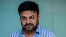 https://tamil.filmibeat.com/img/2020/11/prabhu-solomon-at-kaduguu2019-movie-premiere-1605006949.jpg