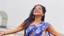 https://tamil.filmibeat.com/img/2020/11/sakshi-agarwal-1606234804.jpg