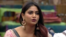 https://tamil.filmibeat.com/img/2020/11/shivani-1606623673.jpg